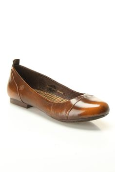 Born Annibelle Flat In Leather.