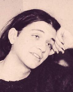 old pictures of brian molko give me life                                                                                                                                                                                 Mehr