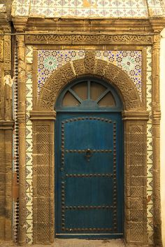 Traditionnal Moroccan house doors -