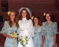 70's! Wedding style! OMG this looks just like one of my Mom's wedding photos! Seriously! And I LOVE it!