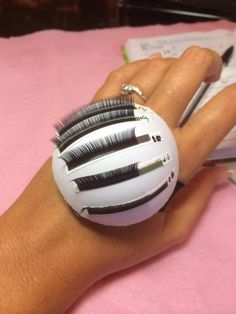 Eyelashes in Kent. Volume dome pallet. Demo. Will sell at ladylash? https://www.facebook.com/EyelashExtensionsinKent/photos/a.596443307069132.1073741825.447875658592565/744232725623522/?type=1