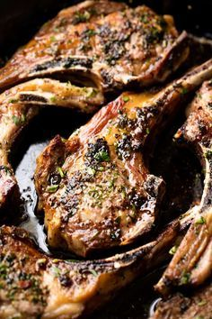 Garlic Herb Lamb Chops Garlic Herb Lamb Chops are easy to make and taste like they came from a high end restaurant. You'll impress everyone at the table with this delicious lamb recipe! Lamb Chop Recipes, Meat Recipes, Dinner Recipes, Cooking Recipes, Healthy Recipes, Garlic Recipes, Easy Lamb Chop Recipe, Lamb Chop Seasoning Recipe, Greek Lamb Chops Recipe