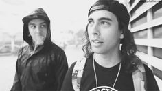 Tony Perry & Vic Fuentes  VIC'S SMILE MAKES ME SO HAPPY HE KILLS ME