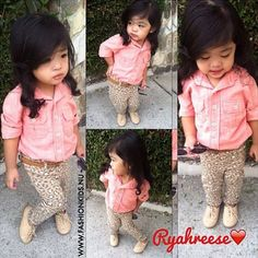 Lovvve this! I love dressing my little girl in outfits like this(: H and juicy have adorable baby girl clothes! Little Girl Outfits, Little Girl Fashion, My Little Girl, Toddler Fashion, Fashion Kids, Toddler Outfits, Kids Outfits, Children's Outfits, Baby Outfits