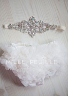 Should I buy this just in case? newborn crown headband and diaper cover ruffler bloomers in ivory off white. For my little princess. Little Doll, My Little Girl, Little Princess, Little Babies, My Baby Girl, Cute Babies, Baby Princess, Baby Girls, Newborn Crown