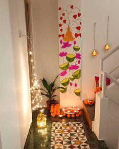 Dorm Door Decorations, Diwali Decorations At Home, Home Entrance Decor, India Home Decor, Ethnic Home Decor, Indian Home Interior, Home Decor Kitchen, Home Decor Furniture, Living Room Decor