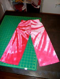 tutorial for making toddler pants out of an old tshirt