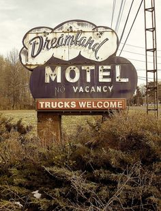 Keep your memories in your MOTEL.... that's where girls like you make the best ones!!