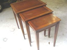 Set of 3 Vintage Imperial Mahogany Nesting Side/Occasional Tables