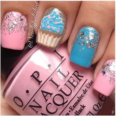 Cupcake, glitter, pink and blue nails