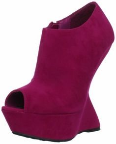 $34.99 Dollhouse Women's Culprit Wedge Pump,Fuchsia