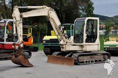 Excavadora Takeuchi TB75FR de segunda mano con hoja niveladora. Ya disponible en nuestro stock para la venta. En nuestra web puedrá encontrar numerosas fotos de la mini excavadora, así como todos los datos técnicos, folleto informativo, vídeo: http://www.ito-germany.es/kaufen-bagger-takeuchi-gebraucht  #Takeuchi #TB75FR #excavadora #miniexcavadora #maquinariadeconstruccion #maquinariapesada #maquinariadesegundamano #maquinariadeocasion #movimientodetierras #construccion #excavacion