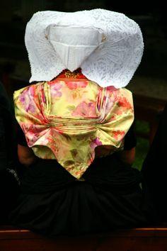 folk dress Zealand
