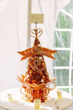croquembouche cake @weddingchicks