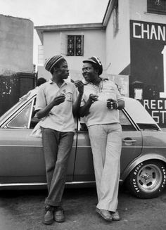 DILLING and I ROY in front of Channel One Studios © Syphilia Morgenstierne