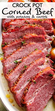 This Crock Pot Corned Beef is cooked in Guinness beer making it crispy juicy and simply mouthwatering. Throw in potatoes and carrots for an easy hearty and complete meal. Beef Brisket Crock Pot, Crock Pot Slow Cooker, Crock Pot Cooking, Crock Pot Dinners, Cooking Corned Beef, Corned Beef Recipes, Crock Pot Corned Beef And Cabbage Recipe, Crockpot Dishes, Beef Dishes