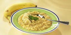 Appelsiini-banaanikaurapuuro Hummus, Oatmeal, Cooking Recipes, Breakfast, Ethnic Recipes, Food, The Oatmeal, Morning Coffee, Rolled Oats