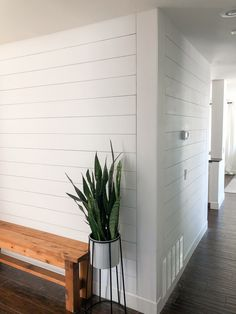 The easiest and cheapest way to shiplap a wall or room. This house project is great for rookies! A step by step guide including costs and time. White Shiplap Wall, Shiplap Diy, Shiplap Cost, White Plank Walls, Planked Walls, Installing Shiplap, Shiplap Ceiling, Architecture Renovation, Regal Design