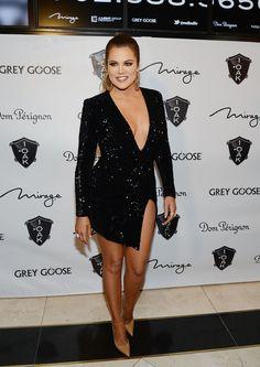 LAS VEGAS, NV - DECEMBER 30:  Khloe Kardashian arrives at 1 OAK Nightclub at The Mirage Las Vegas on December 30, 2014 in Las Vegas, Nevada.  (Photo by Denise Truscello/WireImage) via @AOL_Lifestyle Read more: https://www.aol.com/article/entertainment/2017/04/13/brad-pitt-dating/22038900/?a_dgi=aolshare_pinterest#fullscreen