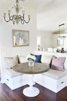 Kitchen Corner - Bright Idea - Home, Room, Furniture and Garden Design Ideas Banquette Seating In Kitchen, Corner Seating, Booth Seating, Dining Nook, Dining Room Design, Kitchen Design, Dining Decor, Dining Tables, Bedroom Furniture Redo