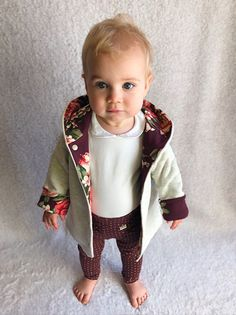 This super sweet reversible jacket is great for babies and toddlers! This little coat suitable for m Toddler Girl Style, Toddler Girl Outfits, Kids Outfits, Baby Style, Baby Outfits, Toddler Girls, Baby Girl Fashion, Kids Fashion, Baby Hair Accessories
