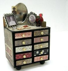 Paper craft vanity