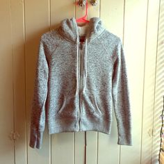 Heather gray cozy knit sweatshirt Heather gray, sturdy sweatshirt. Thick soft hood, well sewn, mix of gray, white and black. Soft on the inside. Worn but still in pretty good shape:) American Eagle Outfitters Tops Sweatshirts & Hoodies