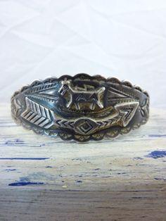 Antique Vintage Navajo Fred Harvey Sterling Silver Cuff Bracelet w Horse, Bent…