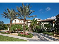 Mizner Country Club Real Estate for Sale in Delray Beach, FL. Click to view information about this wonderful community.