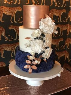 wedding cakes navy Rose gold and navy blue wedding cake, coordi. - wedding cakes navy Rose gold and navy blue wedding cake, coordinating sugar flower - Navy Blue Wedding Cakes, Wedding Cake Roses, Purple Wedding, Navy Blue Weddings, Rose Gold Weddings, Floral Wedding, Navy Blue And Gold Wedding, Lace Wedding, Navy Wedding Flowers