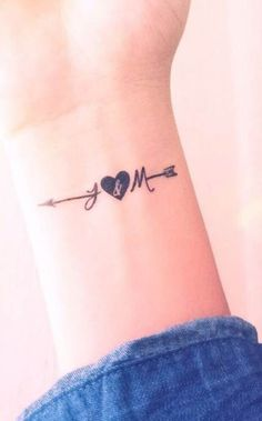 Tatoo vera idea – tattoos for women small J Tattoo, Hand Tattoo, Tattoo Trend, Wrist Tattoos, Mini Tattoos, Trendy Tattoos, Love Tattoos, Body Art Tattoos, New Tattoos