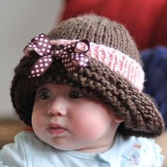 Baby's Winter Cloche  Cute hat .... cuter baby!