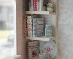Cynthia's Cottage Design: Miniature Shabby chic