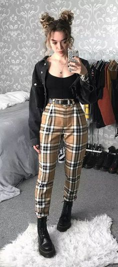 81 Cool and Edgy Outfits for Going Out for Inspiration W. - 81 Cool and Edgy Outfits for Going Out for Inspiration Women Fashion Source by - Style Outfits, Indie Outfits, Cute Casual Outfits, Boho Outfits, Spring Outfits, Cochella Outfits, Teen Outfits, Hipster Outfits, Outfit Summer