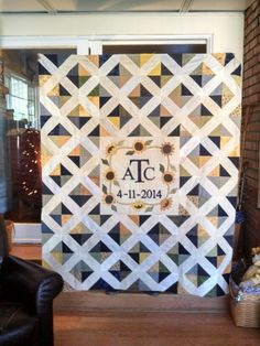 Wedding Signature Quilt for my Granddaughter. Quilt Guest Books, Book Quilt, Wedding Guest Quilt, Wedding Guest Book, Quilting Projects, Quilting Designs, Wedding Wishes, Wedding Gifts, Signature Quilts