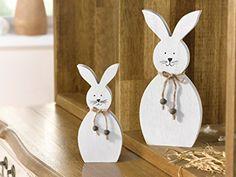 """Deko-Hase """"White"""", 2er Set niedliche Figur in schlichtem Weiß, Holz dekoriert mit Schnur und kleinen Holzperlen Höhe 18 cm, 25 cm, Osterhase, Ostern, Osterfest, Deko"""