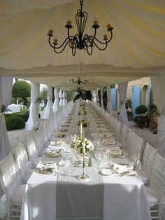 MArk and gemma Wedding at Fontelunga in 2012 , a great long table