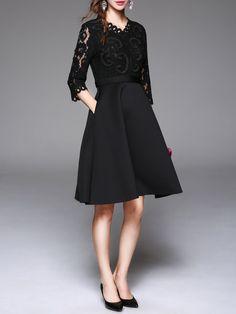 V Neck Elegant 3/4 Sleeve Pierced Lace Paneled Midi Dress