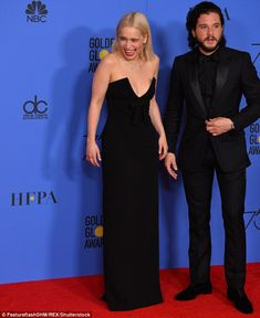 The British actress, partied with her Game Of Thrones co-star Gwendoline Christie at the annual Golden Globe Awards at The Beverly Hilton on Sunday evening. Beverly Hilton, The Beverly, Golden Globe Award, Golden Globes, Kit And Emilia, Kit Harington, British Actresses, Emilia Clarke, Black Suits