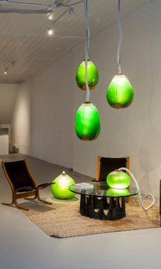 Awesome Living Algae Lamps Produce Food, Heat, AND Light!