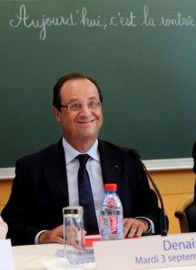 """The photo of President Francois Hollande was snapped on Tuesday during a visit to a school in Denain, France. Agence France Presse said it """"decided to kill the photo as we considered in retrosp Photo Gag, Teen Sleepover, Unusual News, Mal Humor, French President, David Cameron, Photoshop, Political Events, Lady And Gentlemen"""