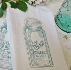 easy mason jar tea towels, crafts, mason jars