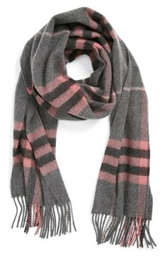 giant check fringed cashmere muffler / burberry