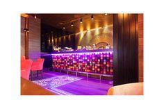 Intreaga atmosfera emana energie si voie buna, in timp ce corpurile de iluminat, furnizate prin Atas Lighting, pun intregul ansamblu creativ in valoare. De amenajarea interioara s-a ocupat echipa de arhitecti One Design, care a optat pentru productia unor piese personalizate, cu ajutorul mesterilor nostri din Istanbul, precum si pentru o serie de obiecte de iluminat atent selectate de la furnizori europeni. Pub, Liquor Cabinet, Restaurant, Lighting, Storage, Furniture, Home Decor, Purse Storage, Decoration Home