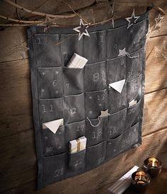 Le calendrier de l'avent chez Cyrillus. - The advent calendar.