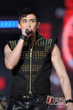 #DREAM_CONCERT_2012 #2PM #Nichkhun