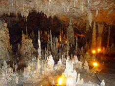 σπηλαιο ιωαννινων - Αναζήτηση Google Cave, Greece, Google, Painting, Beautiful, Greece Country, Painting Art, Caves, Paintings