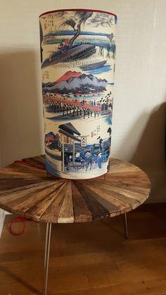 Grande lampe à poser en papier japonais Grande Lampe, Home Decor, Japanese Paper, Decoration Home, Room Decor, Home Interior Design, Home Decoration, Interior Design