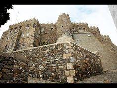 Πάτμος, το νησί της Αποκάλυψης. Samos, Greece Travel, Barcelona Cathedral, Building, Buildings, Greece Vacation, Construction