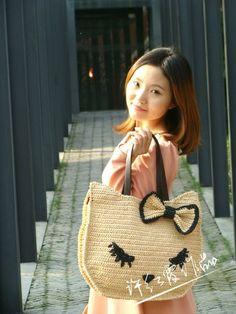 Delicadezas en crochet Gabriela: Bolsas y remeras tejidas a crochet